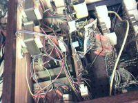 Część analogowa jest zasilana dwoma (2 kanały) transformatorami TS120/18. Część cyfrowa dwoma TS8/39.